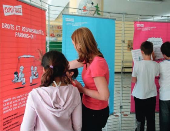 11Chaque année, l'expo-quiz® est animée dans les trois collèges de Saint-Priest pour sensibiliser les jeunes à leurs droits et devoirs.